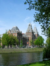 museum_rijksmuseum_canal_view