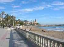 sitges-sea-front_1_